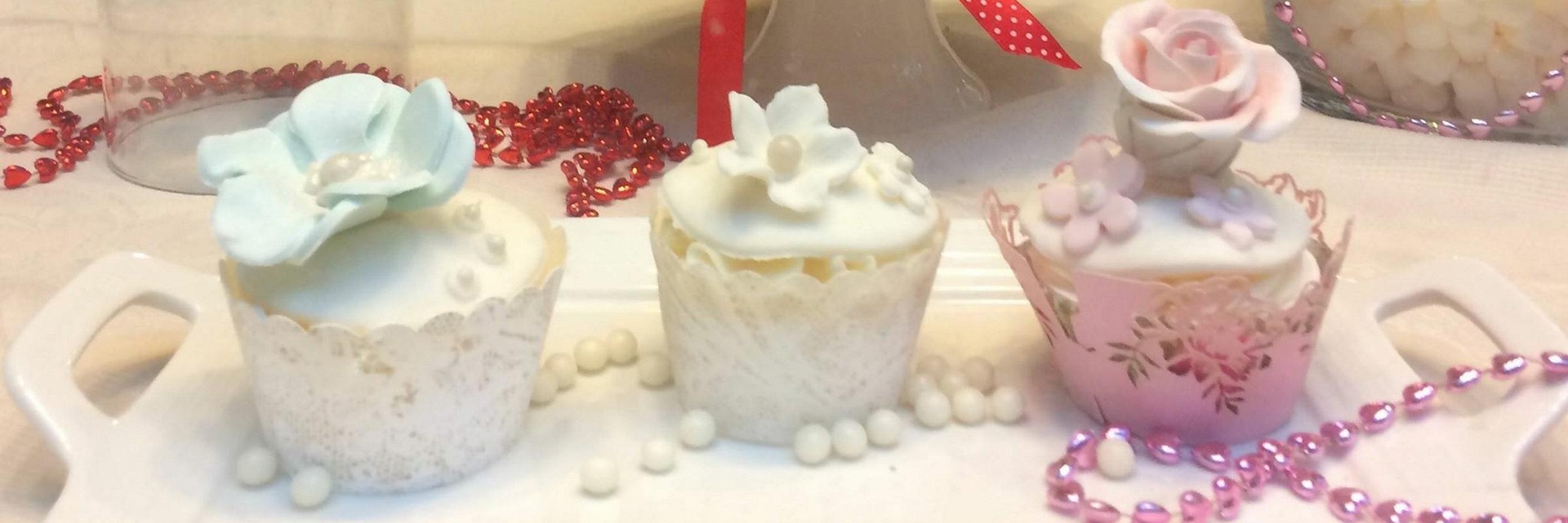 euorpecakes-cupcakes-weddingcakes